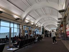 John Wayne Airport (earthdog) Tags: 2018 disneyvacation travel vacation themepark vacation2018 santaana airport sna johnwayneairport concourse terminal