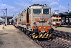 FS E646 185 (maurizio messa) Tags: e646 savigliano yashicafxd piemonte mau bahn ferrovia treni trains railway railroad