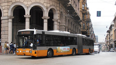 AMT 9055 (Lu_Pi) Tags: amt genova autobus bus autosnodato busarticolato bredamenarinibus bmb m321 bredone amtgenovalinea18 deferrari