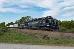 Rare Mileage (jc_canon) Tags: panamrailways panam par district1 d1 mawa pittsfieldmaine snakerootroad mec616 emdsd402 emd sd402 mec606 train freight freighttrain