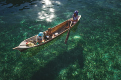 Clear water... (Syahrel Azha Hashim) Tags: seaweeds portrait seethrough sony shallowwater holiday simple editorial details portraiture a7ii mabulisland people sabah local boat expression ilce7m2 prime dof shadow sunny syahrel moment clearwater wooden kid getaway handheld 35mm colorimage vacation sonya7 children light green naturallight paddling colorful shallow beautiful travel paddle seagypsies humaninterest colors transparent malaysia woodenboat ocean detail