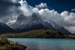 The Cuernos masif and Lago Pehoe, Torres del Paine