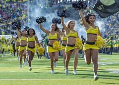 The Run Out (acase1968) Tags: ducks cheerleaders runout oregon university eugene autzen stadium football cheer female girls women college coeds nikon d500 nikkor 70200mm f28g