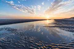 Sunset in the Netherlands (Fab Boone Photo) Tags: coucher de soleil fabien boone fabienboone colors nature sea seascapes seascape sun sunset view mirror mirrored fabboone