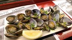 IMAG1527 Clams at La Boqueria market (drayy) Tags: barcelona trip travel holiday boqueria market food clams