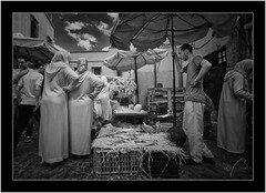 Morocco, Sony A7 IR, Nikkor 18mm/3.5 (Bartonio) Tags: architecture bw clouds gente infrared ir market marrakesh mercado modified morocco nikkor18mm35 nubes people sonya7ir