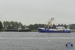 UK 33 'Willempje Hoekstra' (Romar Keijser) Tags: kotter visserij emk eendracht maakt kracht protest amsterdam dam aanlandplicht discard ban