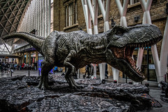 London   |   Predator (JB_1984) Tags: tyrannosaurusrex trex dinosaur jurassicworld jurassicworldfallenkingdom model statue prop movie kingscrossstation londonkingscross station railwaystation kingscross londonboroughofcamden london england uk unitedkingdom nikon d500 nikond500