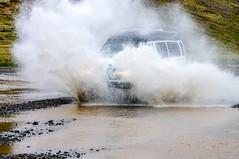 Spritzer (krieger_horst) Tags: kreuzfahrt island spritzer geländefahrzeug wasser weis
