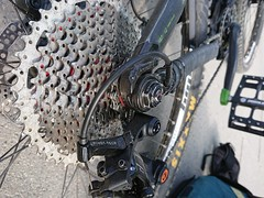 TIme to change cassette_5230 (mtbboy1993) Tags: boxcomponents boxone sunrace 1146t csmx8 kmc drivetrain x11sl silver activebrakingpivot abp bicyclechain pollen wornout chaindrop issue problem pivottech