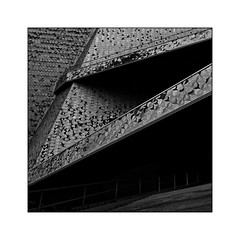 Philharmonie de Paris N°5 - Diagonales - (Jean-Louis DUMAS) Tags: windows fenêtre bw building noir blanc black art architecture architecte artist artistic artiste artistique architect abstract abstrait personnes immeuble buildiing diagonale lignes