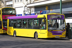 Yellow Buses 530 YX12 AKP (johnmorris13) Tags: yellowbuses yx12akp alexanderdennis enviro200 ratp bus