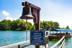 ring the bell (werner boehm *) Tags: wernerboehm roseninsel starnbergersee fähre glocke bell