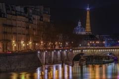 Je cherche en vain les mots... (karinavera) Tags: city longexposure night photography cityscape urban ilcea7m2 sunset paris