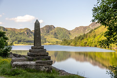 Llyn Crafnant (Maisiebeth) Tags: crafnant geirionydd lakes walk hike mountains water wales northwales lake landscape