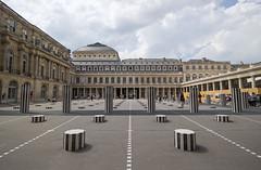 Les Deux Plateaux [VII] (Olivier So) Tags: france paris art buren colonnesdeburen lesdeuxplateaux geometric louvre palaisroyal
