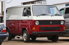 D775 NKL (Nivek.Old.Gold) Tags: 1987 volkswagen transporter 78ps van 1915cc t3