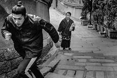 Street corner 619 (soyokazeojisan) Tags: japan osaka street city people bw blackandwhite walk wall monochrome analog olympus m1 50mm trix film kodak memories 昭和 1970s 1975