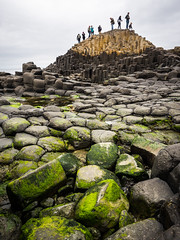 The Giant's Causeway (Feldore) Tags: giantscauseway northern ireland irish landscape giants causeway antrim stones rocks columns people tourists feldore mchugh em1 olympus 1240mm