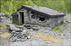 Hodge Close Blast Hut (Craig 2112) Tags: hodge close blast hut lakedistrict cumbria quarry slate silver birch tilberthwaite valley