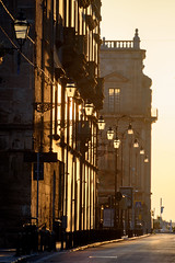 Palermo - Via Vittorio Emanuele (bautisterias) Tags: palermo sicily sicilia southernitaly italy unesco arabnormanpalermo morning morninglight earlymorning early