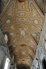 Entrance hall ceiling (zawtowers) Tags: rome roma italy italia capital city historic roman empire heritage monday 28 may 2018 summer holiday vacation break warm sunny vatican st peters baslica home pope catholic church entrance hall ceiling inspiring architecture design ornate precise