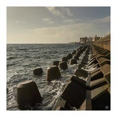 the wall (Hamilton Ross) Tags: pacific okinawa ocean water seawall