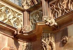 2018 12 mai Strasbourg 16h59 cathédrale façade nord (areims) Tags: cathédrale église strasbourg grandeile statue gargouille eglise