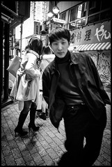 Udagawa-chō, Shibuya-ku, Tōkyō-to (GioMagPhotographer) Tags: tōkyōto peoplesingle shibuyaku udagawachō night streetscene afterdark japanproject japan leicamonochrom tokyo tkyto udagawach