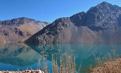 Embalse el yeso (gui_arantes93) Tags: cordilheiradosandes embalse chile santiago maipo cajon southamerica mountains