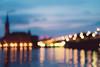A glimpse from afar of the Gamla Stan, Stockholm (Mario Graziano) Tags: stockholm stockholmslän sweden se stoccolma city città svezia centralbron ponte bridge gamlastan centro center crepuscolo dusk twilight blur sfuocato intravedere glimpse sguardo