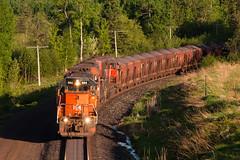 Daybreak Descent to Duluth (Jake Branson) Tags: train railroad locomotive canadian national cn ble bessemer lake erie sd403 sd40u tunnel motor 904 ore dmir proctor hill mn minnesota duluth