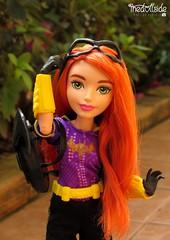 Batgirl ♥ (♥ MarildaHungria ♥) Tags: barbaragordon batgirl dcsuperherogirls dccomics dc superhero mattel doll outdoor