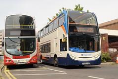 SMSL 15567 @ Preston bus station (ianjpoole) Tags: stagecoach merseyside south lancs scania n230ud alexander dennis enviro 400 px59cuh 15567 working gold route 125 preston bus station bolton interchange