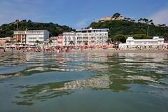 Cupra Marittima (N I C K ....1 8 2 8) Tags: nick1828 mare sea sole sony spiaggia cupramarittima riflessi reflections sonyz1cameraphone