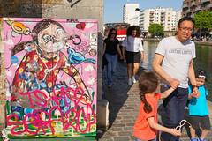 Canal Saint Martin (jmarnaud) Tags: france paris 2018 spring people walk city street water canal saint martin boat colors