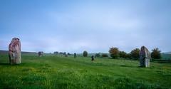 West Kennet Avenue (AppleTV.1488) Tags: avebury henge neolithic prehistoric stonecircle stonehenge stonemonument westkennetavenue worldheritagesite appletv1488 2018 may 12052018 12may2018 12 nikond7100 18250mmf3563 27mmfocallength35mm am noflash landscapeapectratio f22 800secatf22