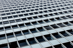 Pure beauty of architecture (ARTUS8) Tags: minimalismus pattern fassade nikon50mmf18 fenster muster linien modernearchitektur nikond800 flickr geometrisch