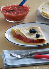 Oat crêpes with strawberry chia jam (Akane86) Tags: crêpes crepes filloas pfannkuchen dessert sweet foodblogger fresas strawberry breakfast postre dulce healthy homemade