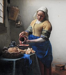 Cow juice on canvas (yon_willis) Tags: amsterdam nederland rijksmuseum museum hetmelkmeisje painting thenetherlands europe themilkmaid 2014 artgallery art