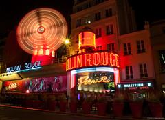 Moulin Rouge (Mikel H.S) Tags: moulinrouge paris francia red molino cabaret feria noche luces estrellas