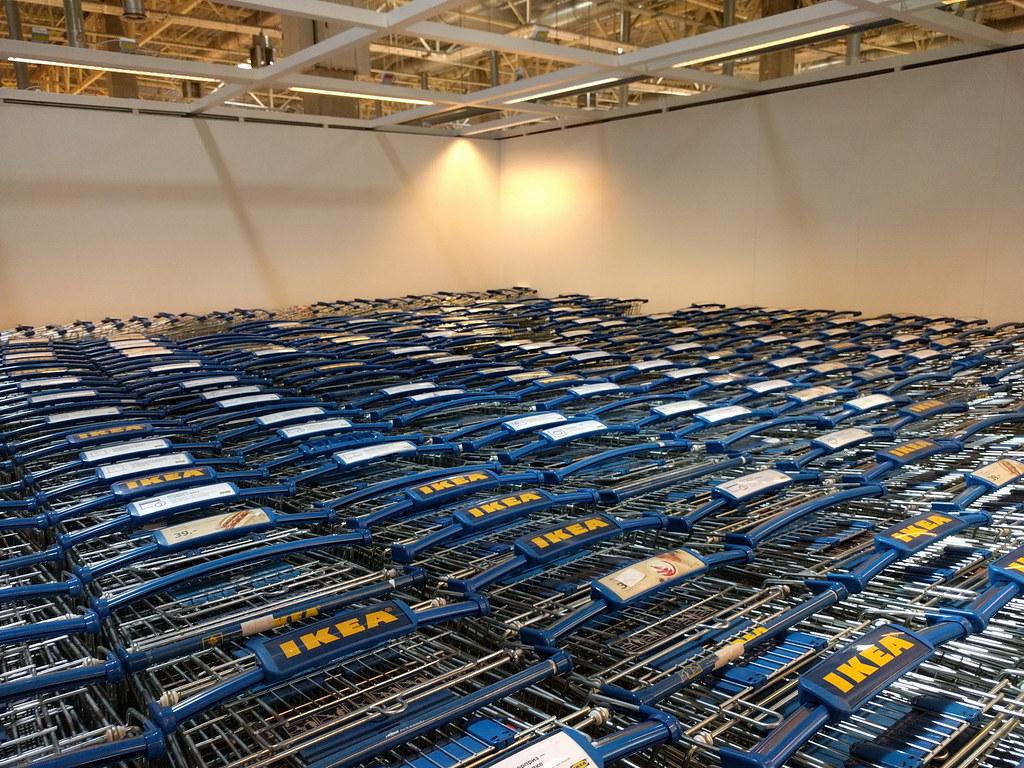 фото: Тележки в IKEA