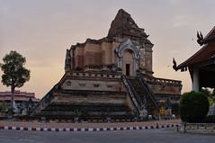 Wat Chedi Luang (Thomas Mülchi) Tags: chiangmai chiangmaiprovince thailand 2018 panoramic panorama sunny buddhism buddhisttemple temple architecture changwatchiangmai th