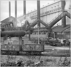 Round Oak Steelworks (pjs,0809) (geoff7918) Tags: roundoak steelworks billy andrewbarclay pensnettrailway 02051959