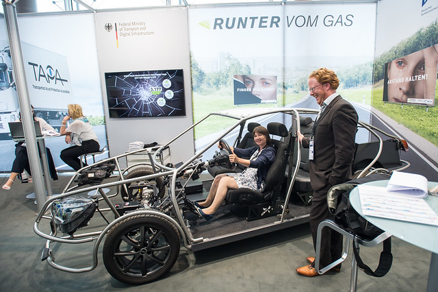 Gas-free car test at the DVR exhibition stand