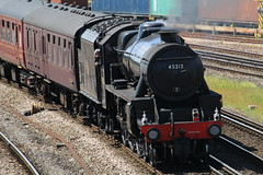 Black 5 45212 @ Millbrook (Synchorus) Tags: cathedrals express 45212 millbrook