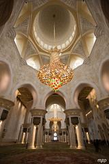 Grande Mosquée d'Abu Dhabi (mzagerp) Tags: eau aue emirats arabes unis united arab emirates oman mascat mascate abu dhabi dubai bani awf wadi khalid shab mosquee mosque muslim louvre muscat masqat