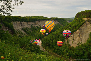 Balloon Crowd at the Gorge - 17th Annual Letchworth Red, White, and Blue Balloon Festival (DTE_1040)