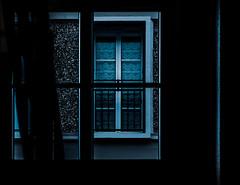 La fenêtre. (jérémydavoine) Tags: lehavre seinemaritime normandie perret windows fenêtre fenêtres window dark sombre blue bleu architecture unesco augusteperret