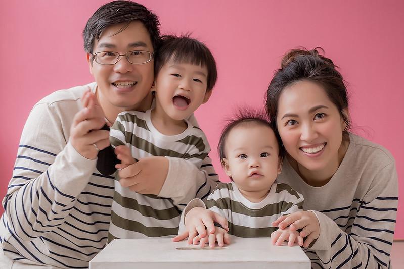 """""""親子寫真,親子攝影,親子照,全家福,兒童攝影,親子記錄,週歲寫真"""""""